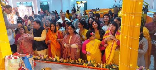 saraswatipujo_anjali